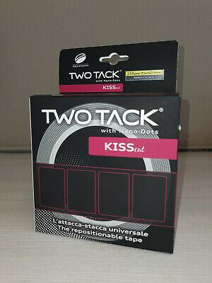 TWO TACK kiss cut